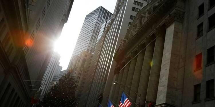 Wall Street ouvre en légère hausse, focalisée sur les résultats