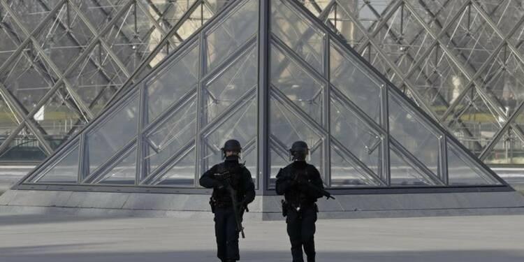 CORR-Etat de santé de l'assaillant du Louvre en amélioration