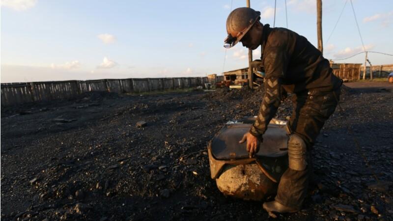 """L'""""âge de pierre"""" dans les mines de l'est rebelle de l'Ukraine"""