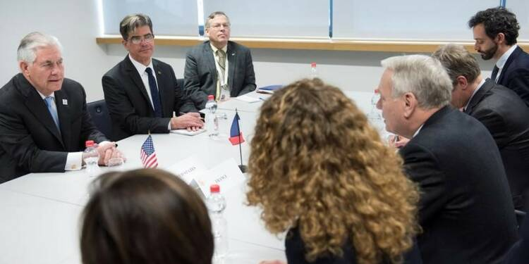 """Ayrault juge """"préoccupant"""" le discours US sur le Proche-Orient"""
