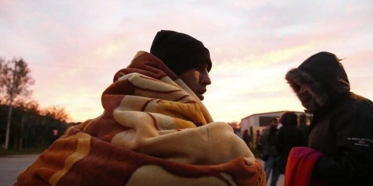 L'évacuation des mineurs de Calais commence mercredi
