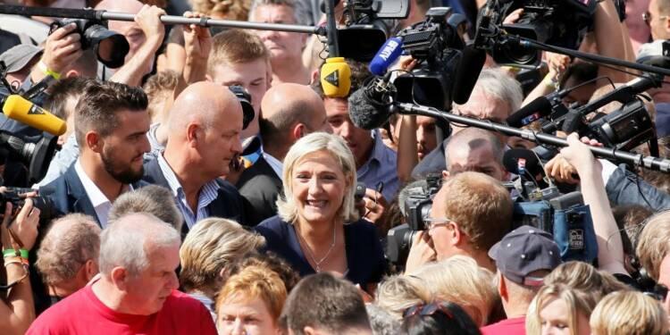 """Marine Le Pen """"impatiente"""" d'entrer en campagne pour 2017"""