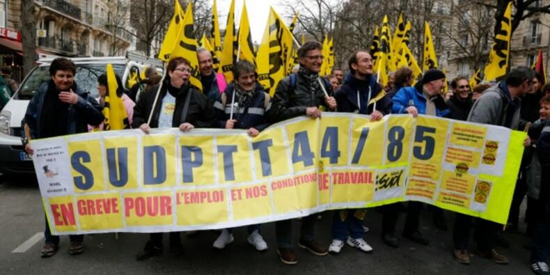 """La Poste: SUD PTT dénonce un climat """"catastrophique"""""""