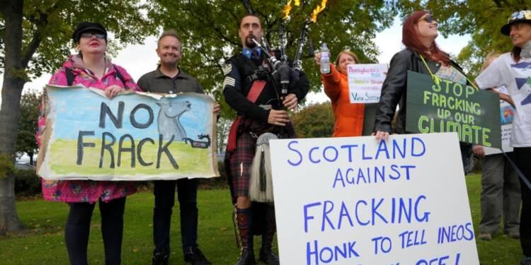 Gaz de schiste: le Royaume-Uni valide un nouveau projet de fracturation hydraulique