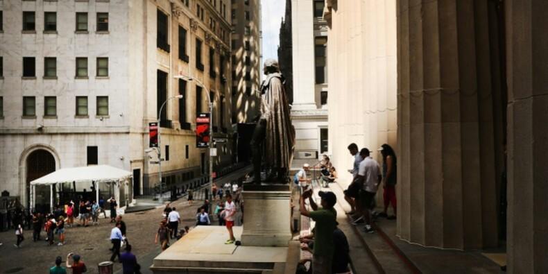 Wall Street finit en légère baisse