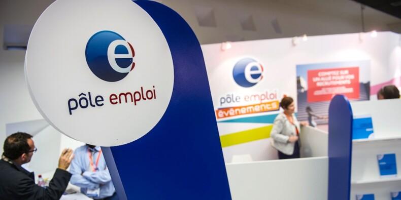 """Pôle emploi : une annonce sur deux """"illégale"""", selon la CGT"""