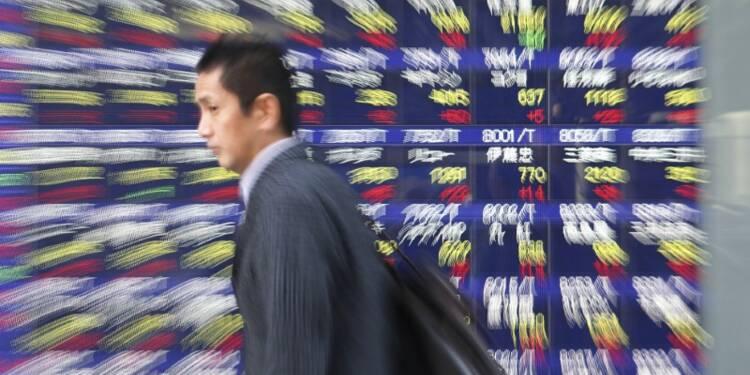 La Bourse de Tokyo gagne 0,5%, aidée par le yen