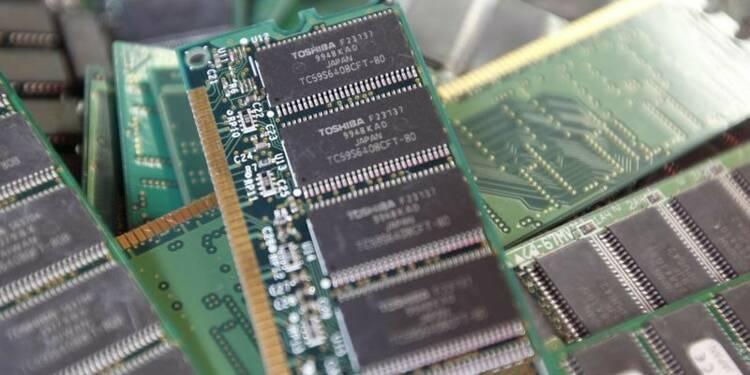 Toshiba courtise des fonds pour sa filiale mémoires