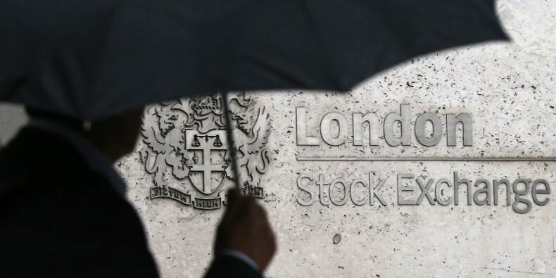 À la mi-séance, les Bourses européennes toujours dans le rouge