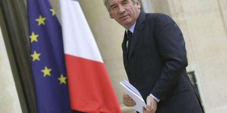 Bayrou dévoilera ses intentions mercredi