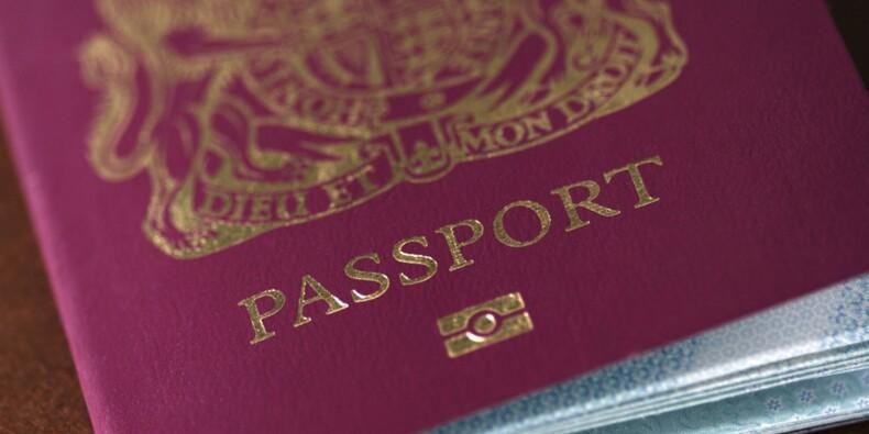 Argent, passeport... que faire en cas de vol à l'étranger ?