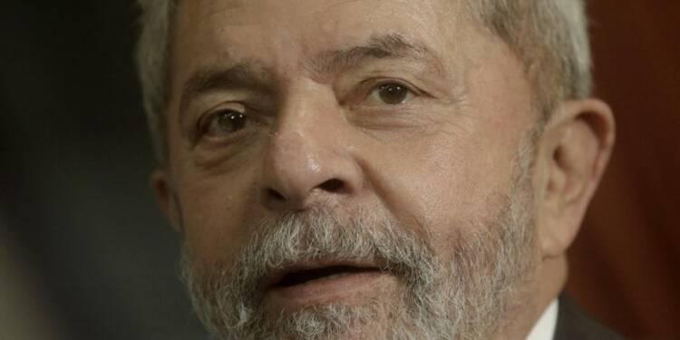 Lula menacé d'une inculpation pour corruption et blanchiment