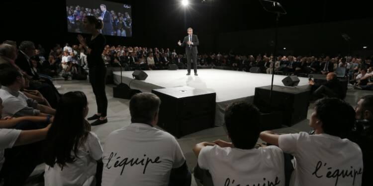Emmanuel Macron esquisse les contours de sa VIe République