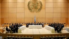 Négociations à Genève sur la Syrie, où les combats continuent