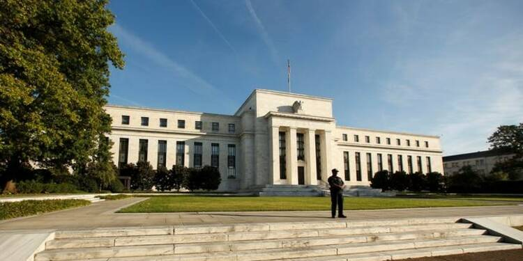 La Fed évoque des tensions sur le marché américain du travail