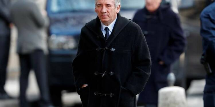 Nouvelle charge de Bayrou contre Fillon