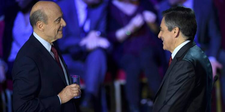 Sondage: Fillon battrait Juppé avec 65% des voix