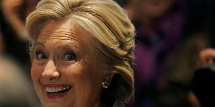 Les médias américains donnent Clinton vainqueur en Virginie