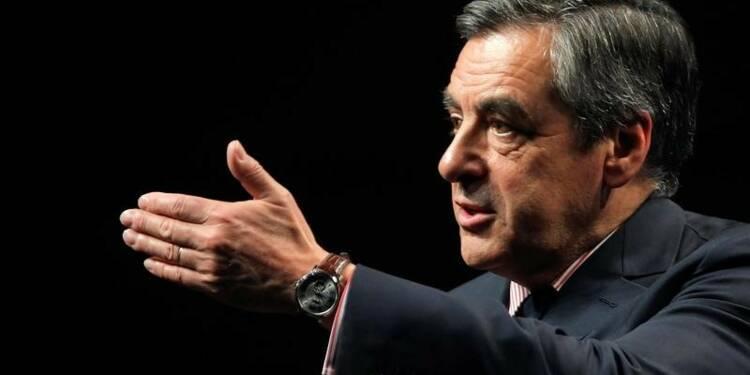 Fillon à égalité avec Sarkozy, battrait Juppé au second tour