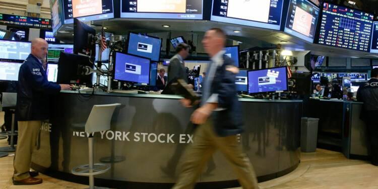 Wall Street débute sur une note hésitante