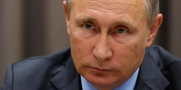 Ayrault laisse planer le doute sur la visite de Poutine à Paris