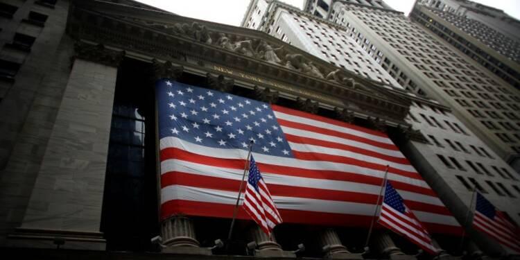 Wall Street ouvre en baisse avant le premier débat Clinton-Trump