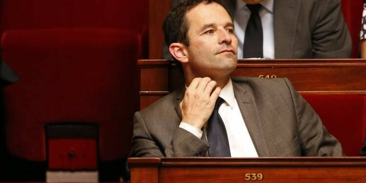 Benoît Hamon appelle Hollande à prendre position sur le burkini