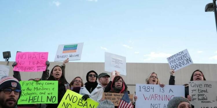 Ayrault souhaite l'annulation du décret anti-immigration de Trump