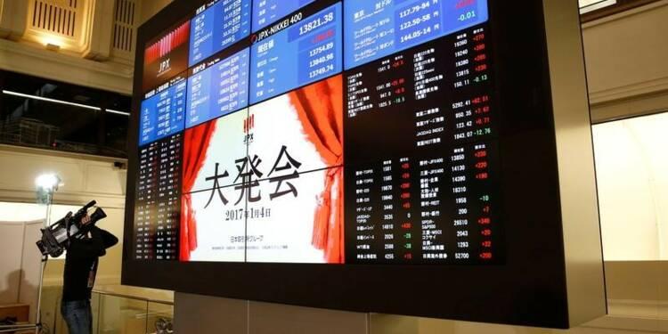 La Bourse de Tokyo se replie avec le yen, sauf les financières