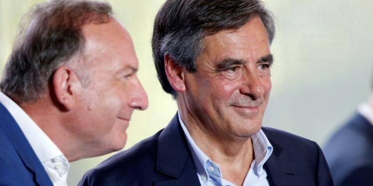 Devant les patrons, Fillon décline son choc de libération