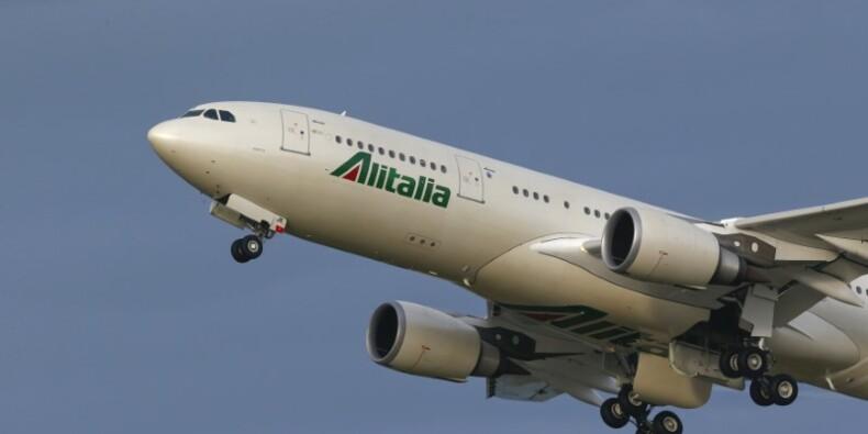 Alitalia va réduire ses coûts d'un milliard d'euros