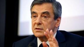 """Fillon s'entoure de """"sarkozystes"""", Baroin incontournable"""