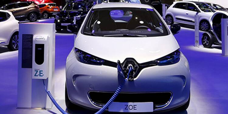 nouvelle renault zoe lectrique 30 minutes en recharge rapide pour r cup rer 75 kilom tres. Black Bedroom Furniture Sets. Home Design Ideas