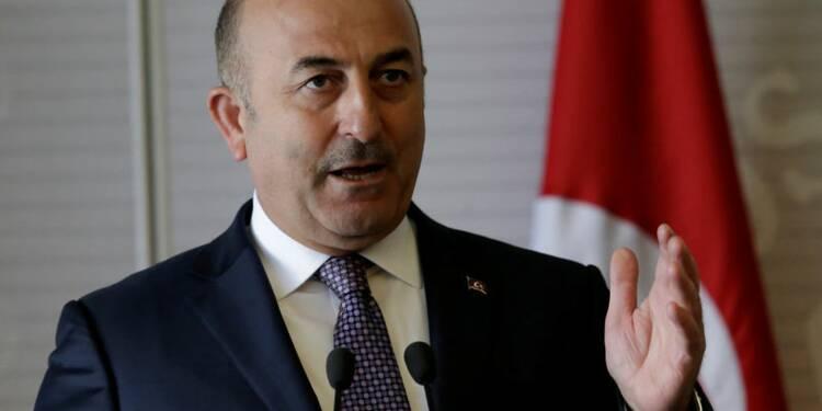 L'avion du ministre turc des AE empêché d'atterrir aux Pays-Bas
