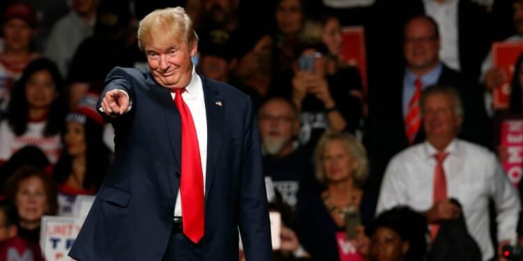 Présidentielle américaine: Trump remonte et inquiète les marchés