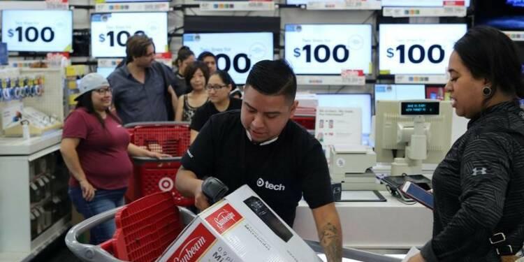 Hausse moins forte que prévu de la consommation des ménages américains