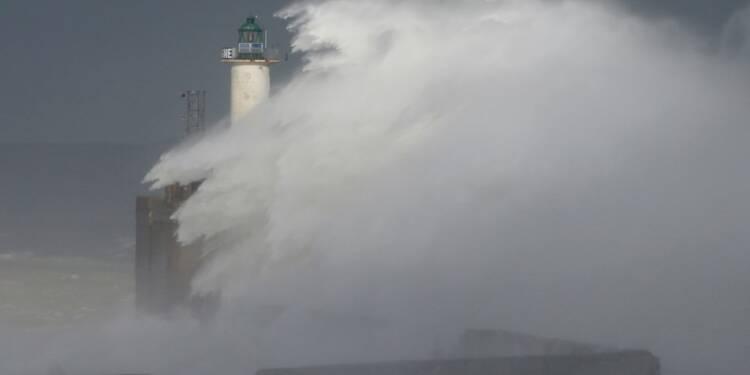 L'électricité rétablie progressivement dans le Nord-Ouest après la tempête