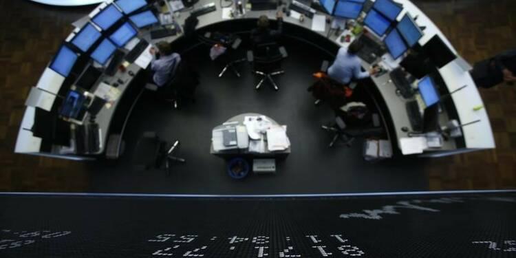 Les marchés européens basculent dans le rouge à mi-séance