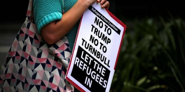 Trump dénonce le blocage de son décret anti-immigration