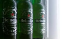 Heineken vend plus de bière malgré l'impact des devises