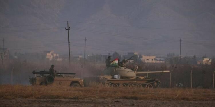 Les forces kurdes attaquent une ville au nord-est de Mossoul