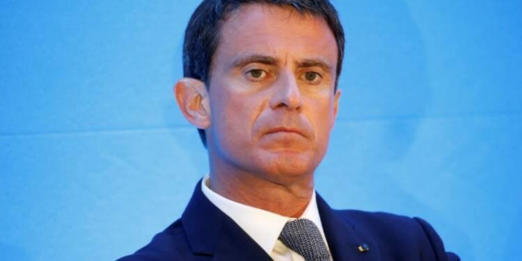 "L'Europe triomphera du ""terrorisme islamiste"", promet Valls"