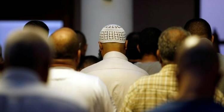 Fermeture de quatre mosquées aux prêches radicales