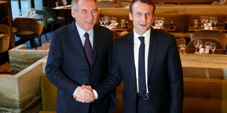 Macron et Bayrou contre l'hégémonisme politique et le FN