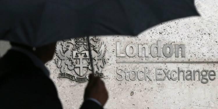 Les Bourses européennes continuent de grimper à la mi-séance