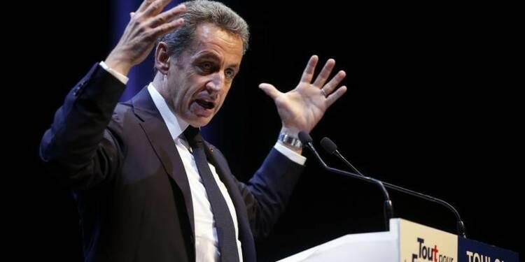 Sarkozy laisse entendre qu'il voterait Hollande contre le FN