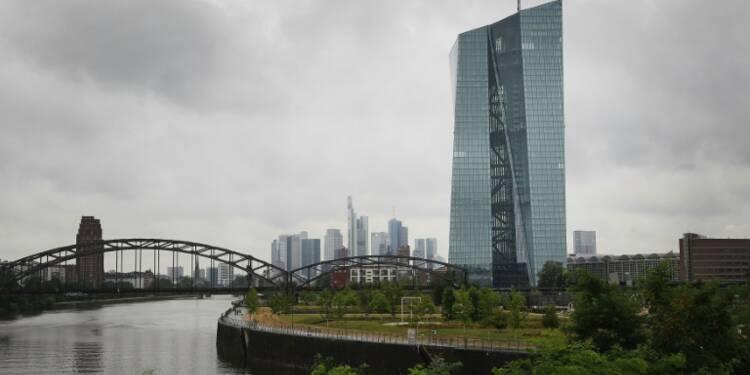 Allemagne: le moral des entrepreneurs faiblit peu en juillet, à 108,3 pts (Ifo)