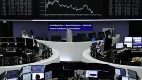 Nouvelle pause sur les actions, le dollar stable avant Yellen