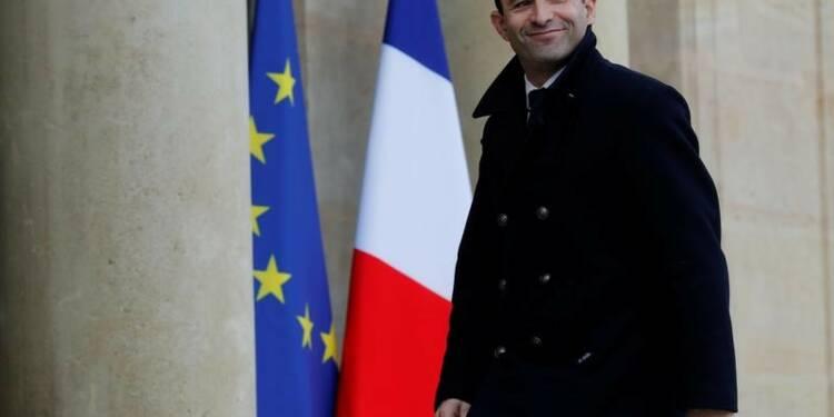 Montée en flèche de Benoît Hamon dans un sondage