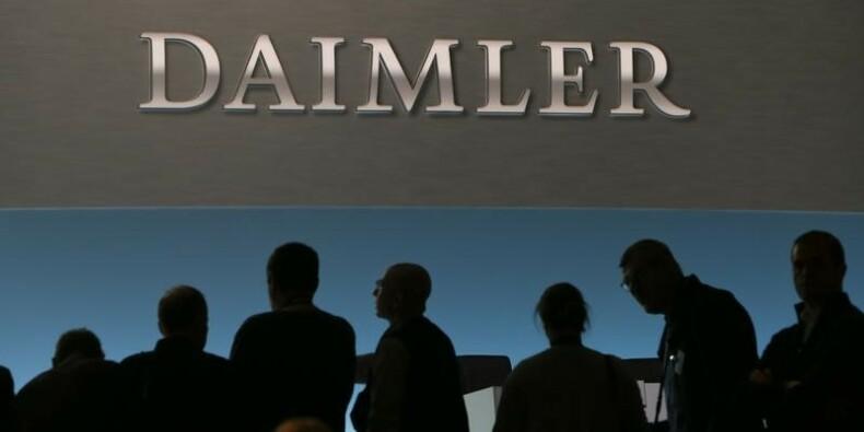 Daimler ouvre une usine automobile en Russie